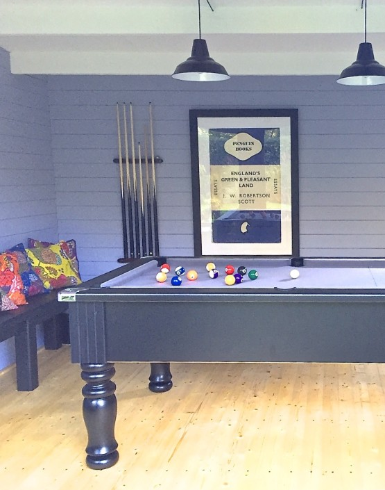 Man cave pool room design